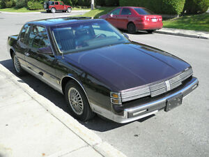 1986 Oldsmobile Toronado Coupe (2 door) (Remisé jusqu'en avril)