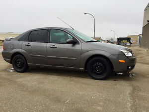 2005 Ford Focus ST Sedan