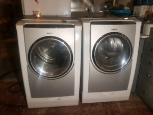 Bosch Nexxt 800 Washer and Dryer