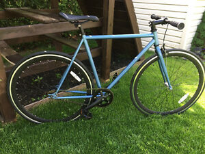 Velo fixie,fix gear,single speed neuf