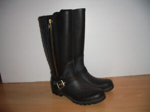 "like new """" Steve Madden """"--- rain boots ---- size 9 US lady"