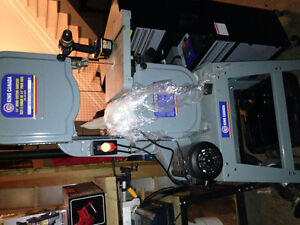 """14"""" King Canada Bandsaw and Stand"""