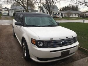 2010 Ford Flex Ecoboost NEW PRICE