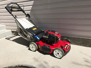 Toro Self propelled personal pace W/ push button electric start