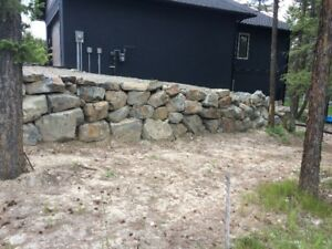 Random stackable retaining wall boulders