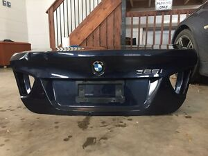 2006-2011 BMW (E90) trunk lid  Kitchener / Waterloo Kitchener Area image 1