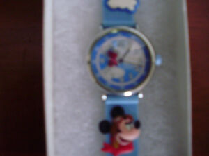 Child's Disney Mickey Mouse Analog Watch for Sale Cambridge Kitchener Area image 4