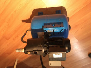 Water Jet Pump / Tank Combination - 1/2 HP Cast Iron