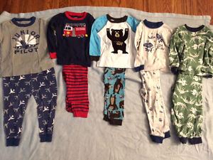 Boys PJ lot size 24 months, Carters