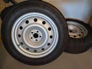 "Michelin X-ICE X13 Tires on Rims (x4) 17"" - Almost New"