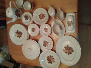 Vaisselle ENOCH WEDGWOOD vintage des années 1960
