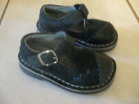 Size 7 Navy Riverland Shoes