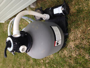 Pool Robot Cleaner and Pump/ sand filter