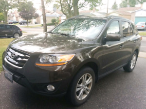 Hyundai Santa Fe, Sports, 2011 with Factory extended warranty