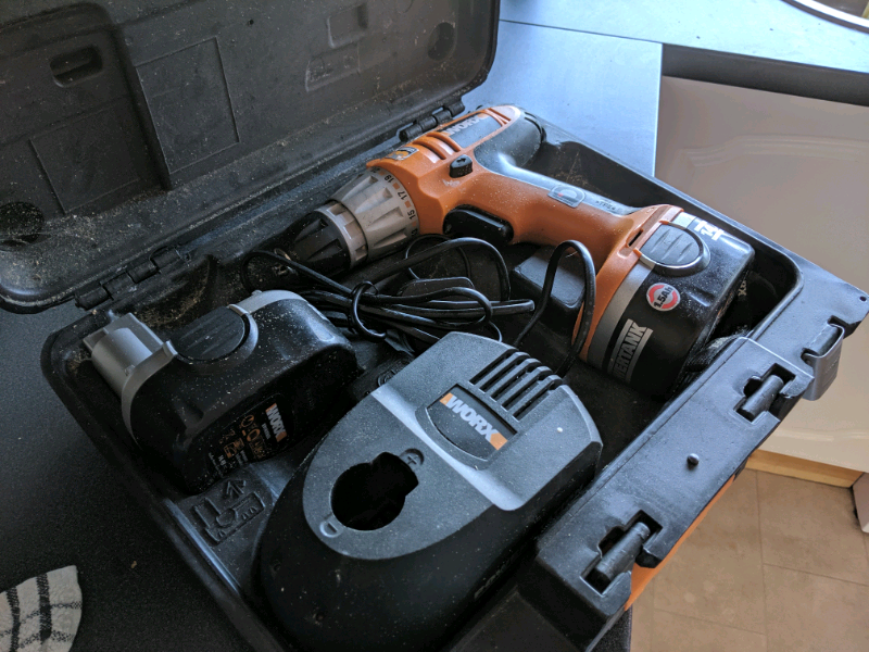 Combi drill screwdriver | in Paisley, Renfrewshire | Gumtree