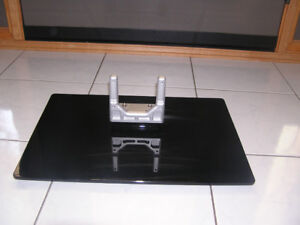 FLAT SCREEN TV PEDESTAL