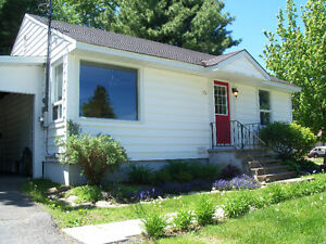 Renovated Basement Apartment for Rent - 800 meters from UNB/STU
