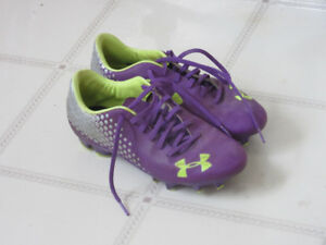 Under Armour Blur Cleats