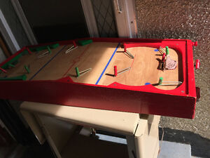 Vintage MUNRO Wood Table Top Hockey Game Made In Canada