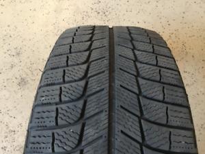 225/45/18/95H/Michelin xicexi3 hiver/1 seul pneu $50.00