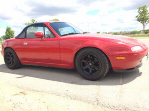 1991 Mazda Miata - Hardtop, New Wheels/Tires. No Rust!