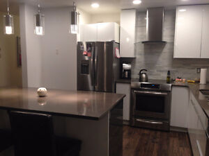 Clean, Close to Downtown (Capilano) Short-Term Rental