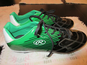 Soccer or Baseball shoes, rubber cleats, Rawlings size 11 NEW