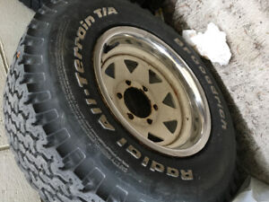 Toyota 6 bolt rims 2 with tires