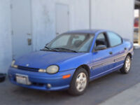 450$ 1996 blue Dodge Neon open to offers
