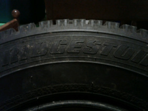 2 Winter Tires    215/70 R15/ 980