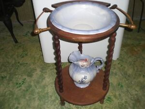 Stand, Pitcher and Wash Basin Windsor Region Ontario image 1