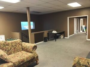 Warehouse shop for rent in Crossfield industry are