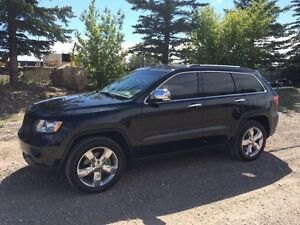 2012 Jeep Grand Cherokee Overland - Low Kms