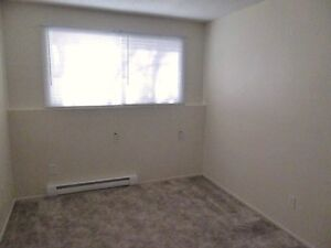 2nd floor 2 bedroom pet friendly suite $900 Available NOW Prince George British Columbia image 3