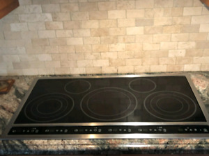 "36"" Electrolux Stove Top"