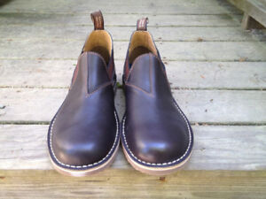 Blundstone Shoe - Size AUS 6 - Men 7 Women 9