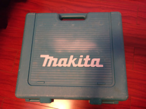 Makita DTD152 and DHP482, Impact Driver and Hammer Drill