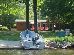 2 bedroom waterfront all year round cottage Kawartha Lakes Peterborough Area image 6