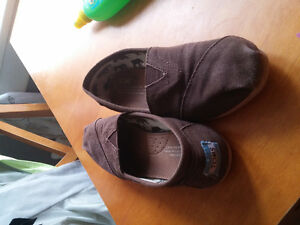 Brown Tom shoes