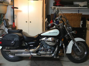 Mint condition Honda Shadow Aero 750 VT with accessories