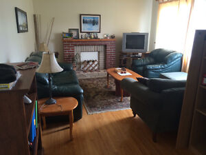 Lease Take Over- Bright Room in a 4 Bedroom House Close to MUN!