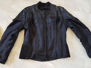 Veste de moto Sceaming Eagle pour femme, gortex et cuir.