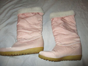 ladies pink winter boots size 6/7