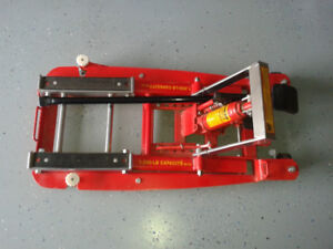 MOTOR CYCLE LIFT STAND FOR SALE
