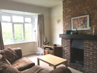 Great 3 bedroom garden maisonette on quiet street, Furnished, £1650pm available 6th June