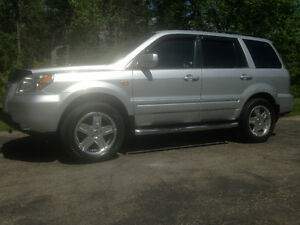 2006 Honda Pilot EX-Leather SUV, Crossover