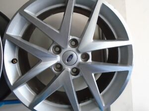 "17"" Ford Alloy Wheels"
