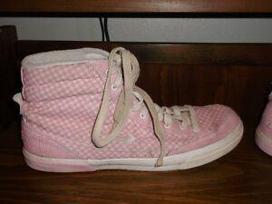 pink Nike hightops (size 9)