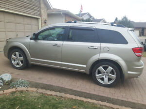 2009 Dodge Journey R/T - low kms fully loaded