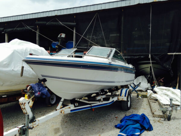 Used 1989 Cadorette Elite 166 16.6 FT Bowrider